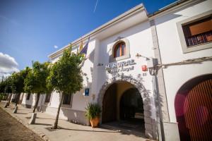 Fachada Hotel Rural Miguel Angel